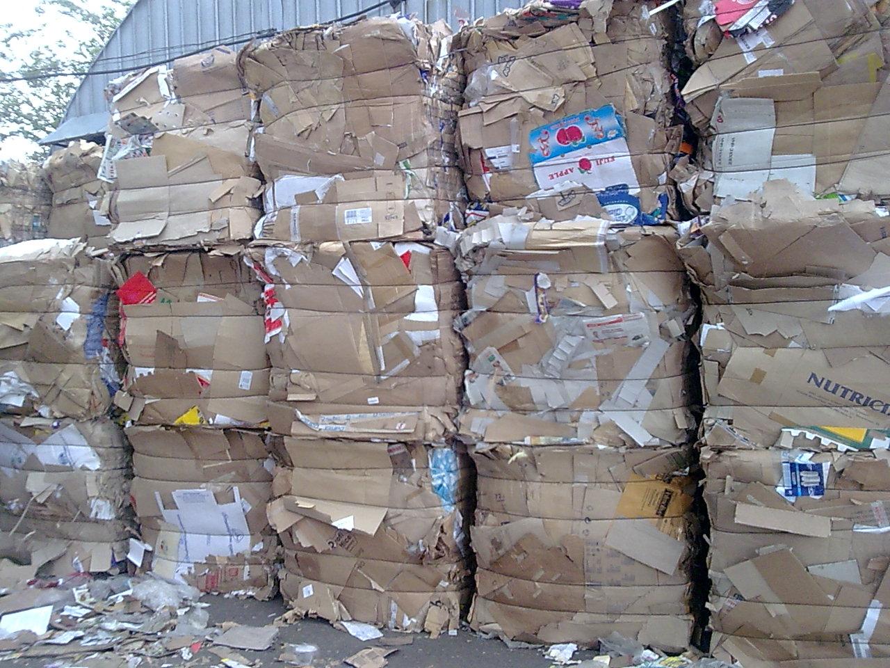 Кому продать отходы бумаги и картона